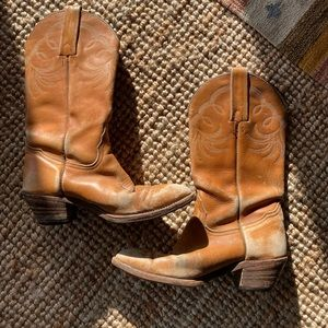 Vintage Frye Cowboy Boots in Saddle leather